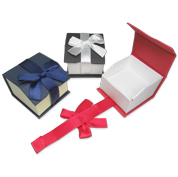 Magnetic Ribbon Gift Boxes